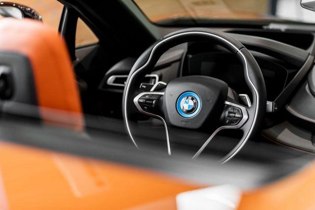 Najnowsze Bmw I8 Roadster W Salonach Inchcape Speed Zone